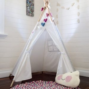 Rainbows & Clovers TeePee