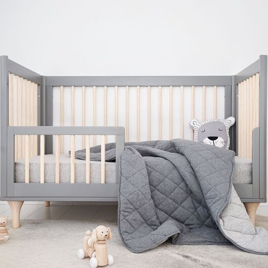 Mister Fly Charcoal Grey Reversible Cot Quilt - Babyroad : charcoal grey quilt - Adamdwight.com