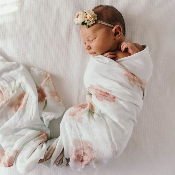 Snuggle Hunny Kids Sorbet Bloom Organic Muslin Wrap