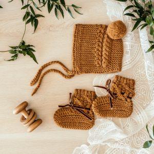 Snuggle Hunny Kids Merino Wool Bonnet & Booties Bronze