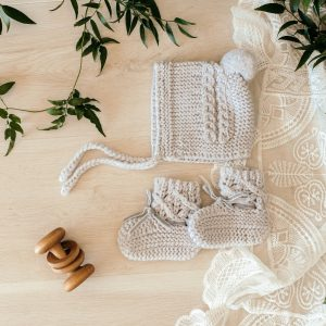 Snuggle Hunny Kids Merino Wool Bonnet & Booties Grey