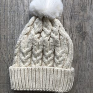 Luna Treasures Single Pom Beanie Oat