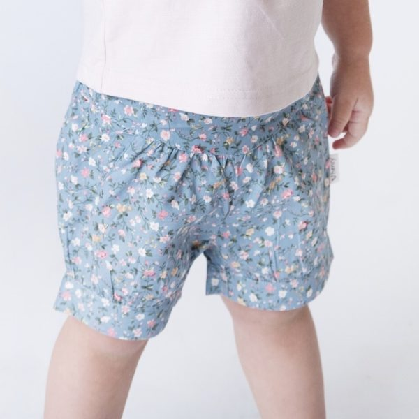 Love Henry Lucy Shorts Blue Floral
