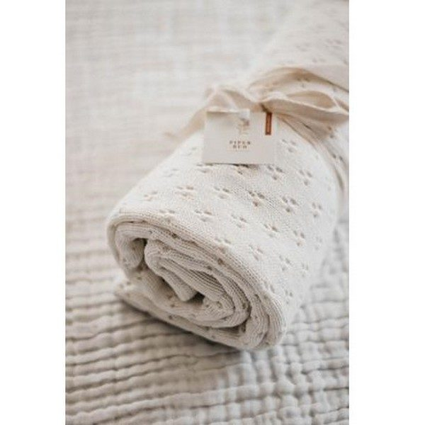 Piper Bug Heritage Knit Blanket Snow