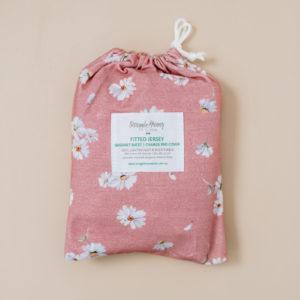 Snuggle Hunny Kids Bassinet Sheet Change Pad Cover Daisy